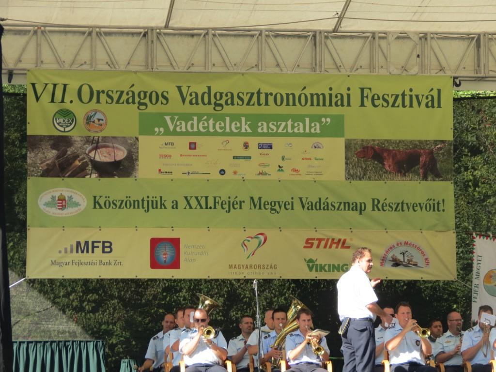 A VADEX Zrt. Mezőföldi Erdő- és Vadgazdálkodási Zrt. Soponyai Ökoturisztikai Központjában szeptember 7-én rendezték meg a hagyományos, immár hetedik Vadgasztronómiai Fesztivált, amely egyben Fejér megyei Vadásznap is volt