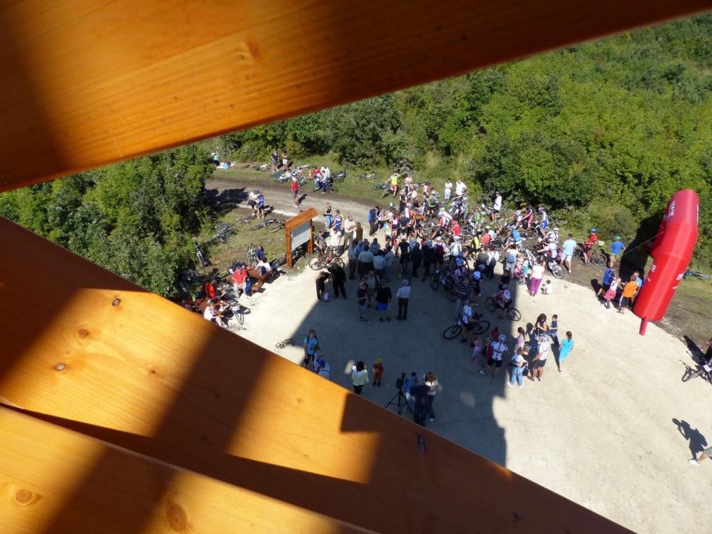 Átadták a Molnár Gábor kilátót! – Újabb turisztikai látványosság a Bakonyban