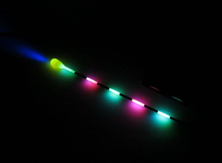 Oly messze még a tavasz! – De miért ne tesztelhetném a YAD LED-es világító úszómat otthon, a meleg szobában?!