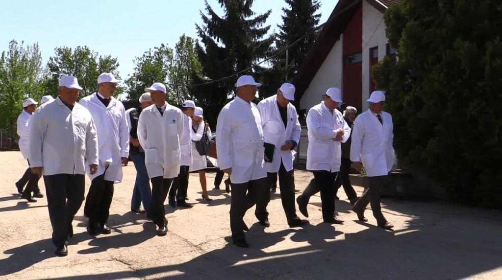 Miniszteri látogatás a Soponyai Vadhúsfeldolgozó Üzemben – 2015. 04. 29