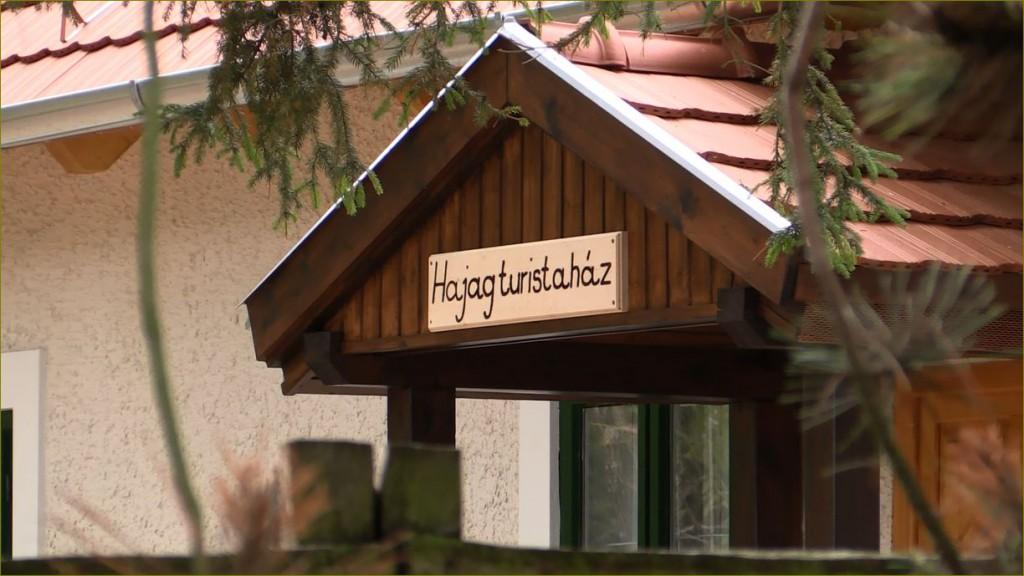 Átadták a Hajag turistaházat a Vegra Zrt.-nél – 2015.10.16.