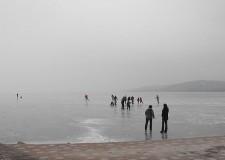 A természetes és mesterséges vizeken képződött jégen tartózkodás szabályai – 2016.01.04