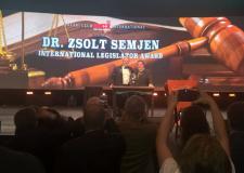 Magas elismerésben részesült Semjén Zsolt miniszterelnök-helyettes, az Országos Magyar Vadászati Védegylet elnöke az Egyesült Államokban – 2016.02.05