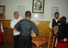 Könyvadomány a csíkszeredai Venczel József Szakközépiskolának – A szaknyelv tanulása nem ismerhet határokat!
