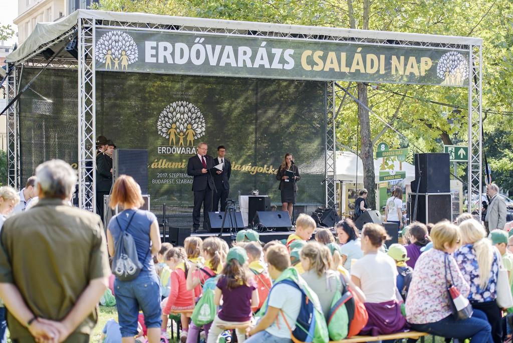 II. Erdővarázs Családi Nap: zöldbe borult a Szabadság tér – Országos Sajtóközlemény