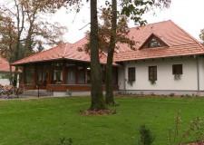 2017.10.27 – A HAZAI ERDÉSZ itt forgatott: A Hódoséri Vadász – és Vendégház avatása