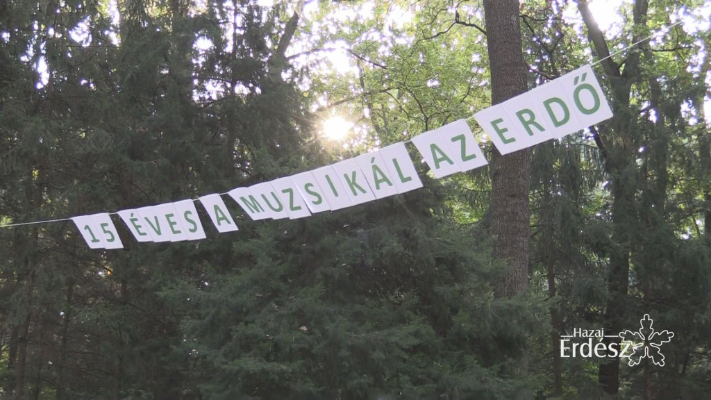 """15 éves jubileumát ünnepelte a """"Muzsikál az erdő"""" a Körösök völgyében"""