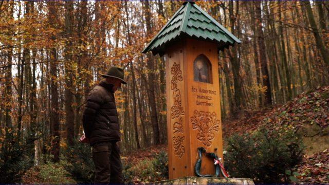 Hubertlakon forgatott a Reviczkyvel az Erdőben stábja