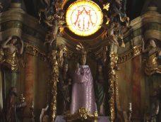 M5 TV – Az andocsi Szűz Mária szobor öltözéktára – 2021/18. adás – 2021.05.01.